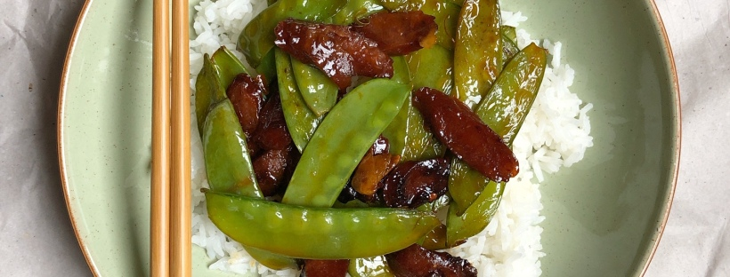 mangetout stir-fry with sausage and chilli bean sauce